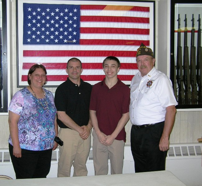 vfw voice of democracy essay 2013 The 2013 - 2014 voice of democracy competition for students 9-12 who can enter: the voice of democracy audio essay scholarship competition is open to students and cd along with the completed and signed voice of democracy entry form to their local or closest participating vfw post no later.
